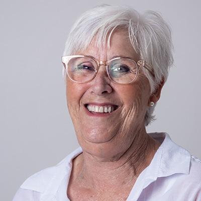 Nurse Elaine Vesnaver Headshot